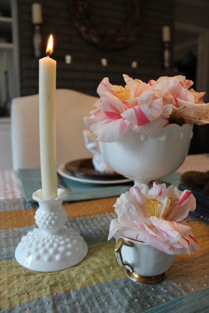 Hop On Over Easter Tablescape