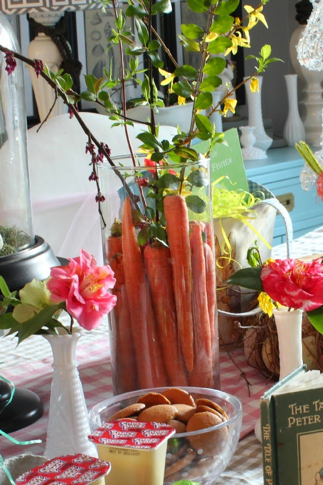 cute Easter ideas- Carrots in Vase