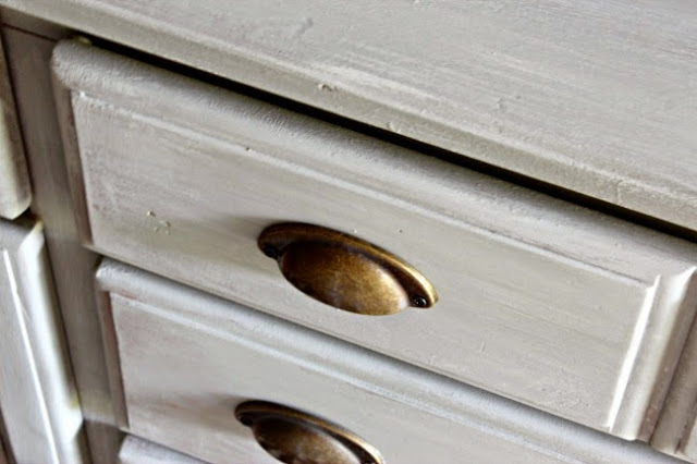 how to gray wash wood furniture