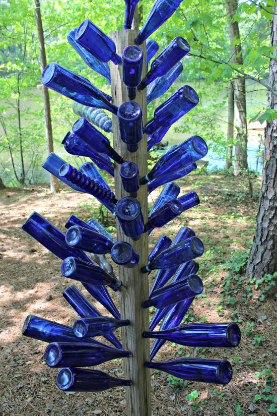 How to Make a Blue Bottle Tree
