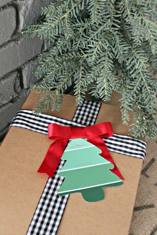 Christmas-Tree-Paint-Chip-Gift-Tag