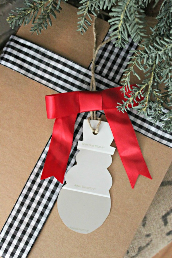 Snowman-Paint-Chip-Gift-Tag