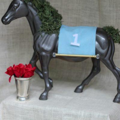 {Derby DIY} Horse Moss Centerpiece