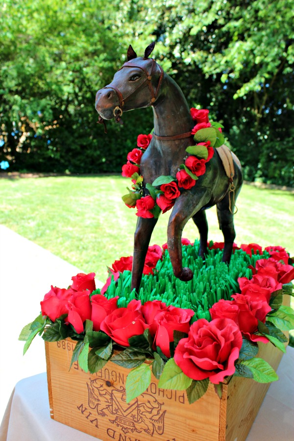 Kentucky Derby Centerpiece