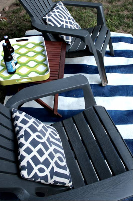 DIY-spray-painted-rug-lakehouse