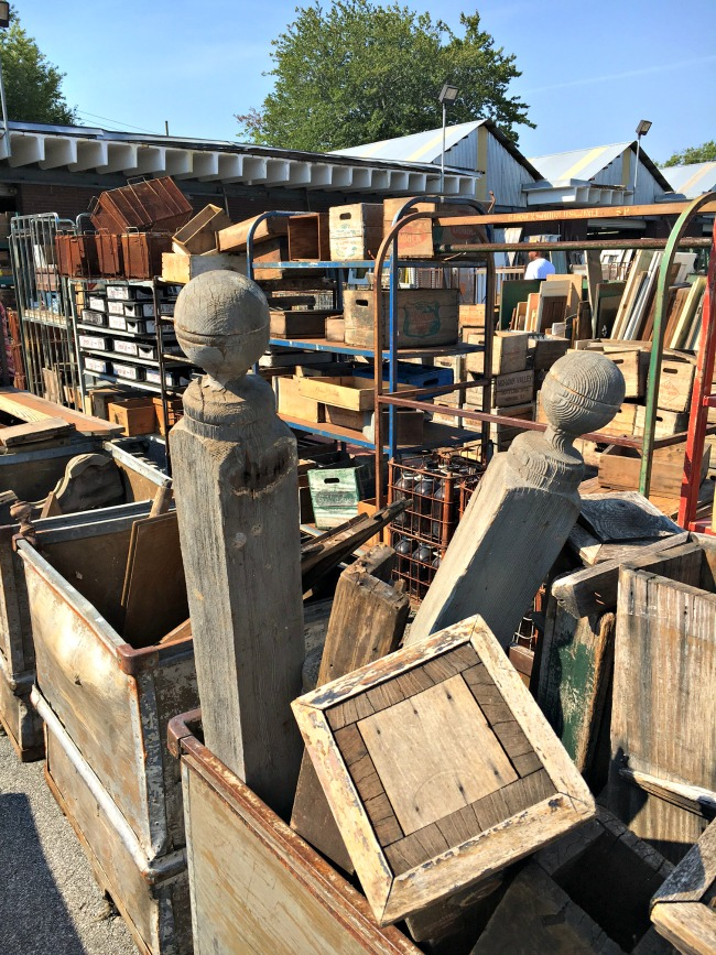 Scott's Antique Market