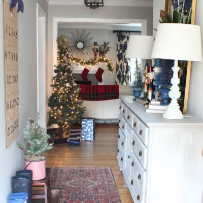2016 Blue Christmas Home Tour {Part 1}