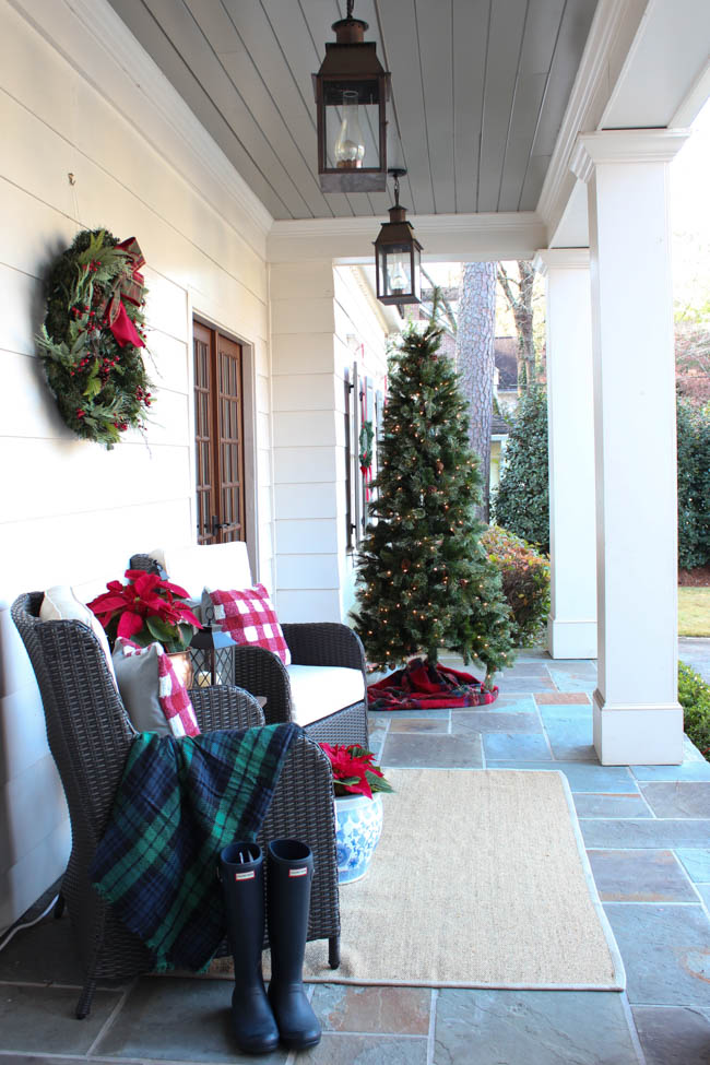Our christmas home 2017 southern state of mind christmas tree on the front porch i never did trim it with ornaments but sometimes less is more or at least that is what i keep telling myself ha solutioingenieria Gallery