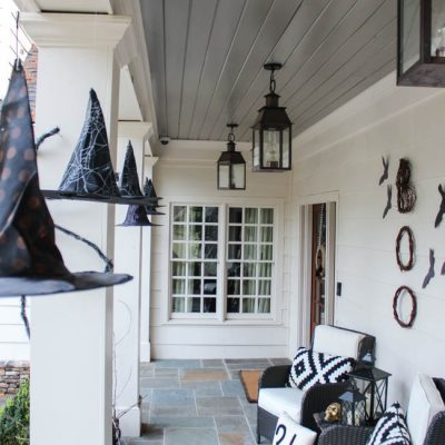 Seven Simple Ways to Haunt Your Porch for Halloween