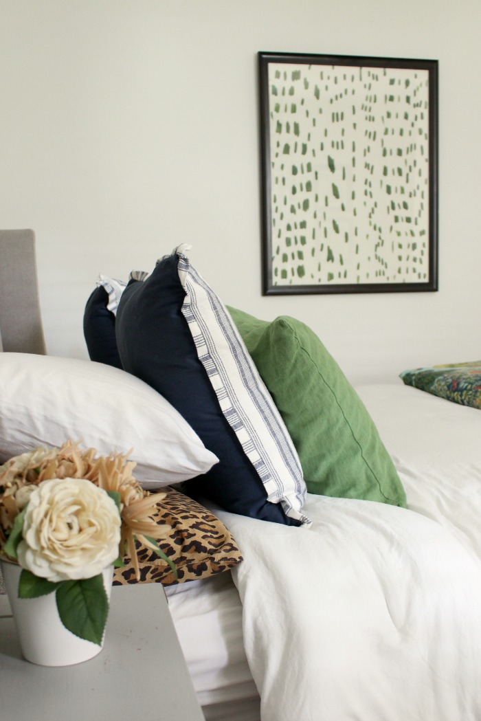 Five Ways to Accessorize a Bedroom