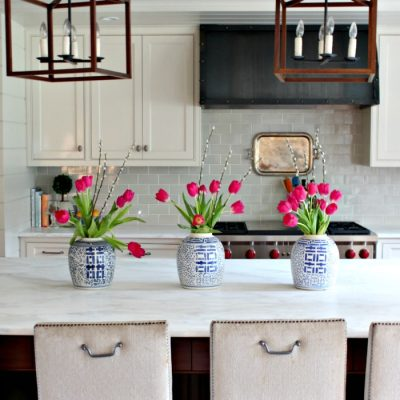 A Simple Kitchen Island Centerpiece that Screams Spring