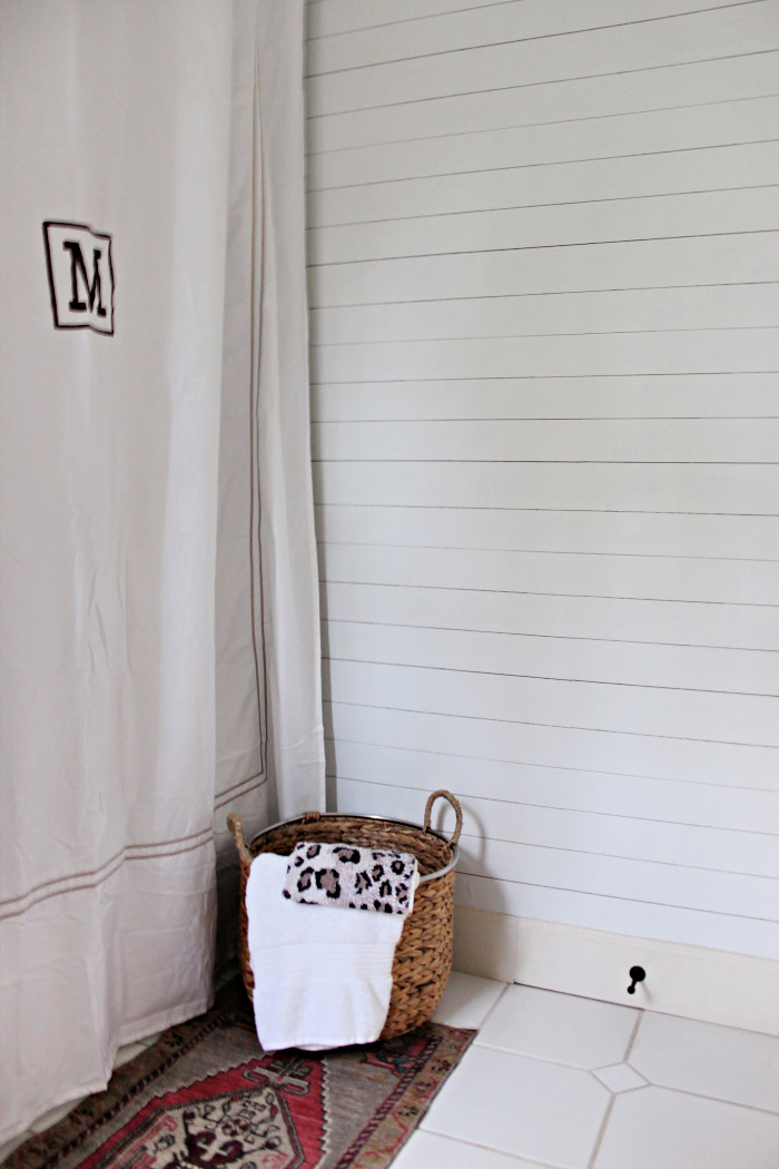 How To Add An Easy Statement Wall With Peel Stick Wallpaper