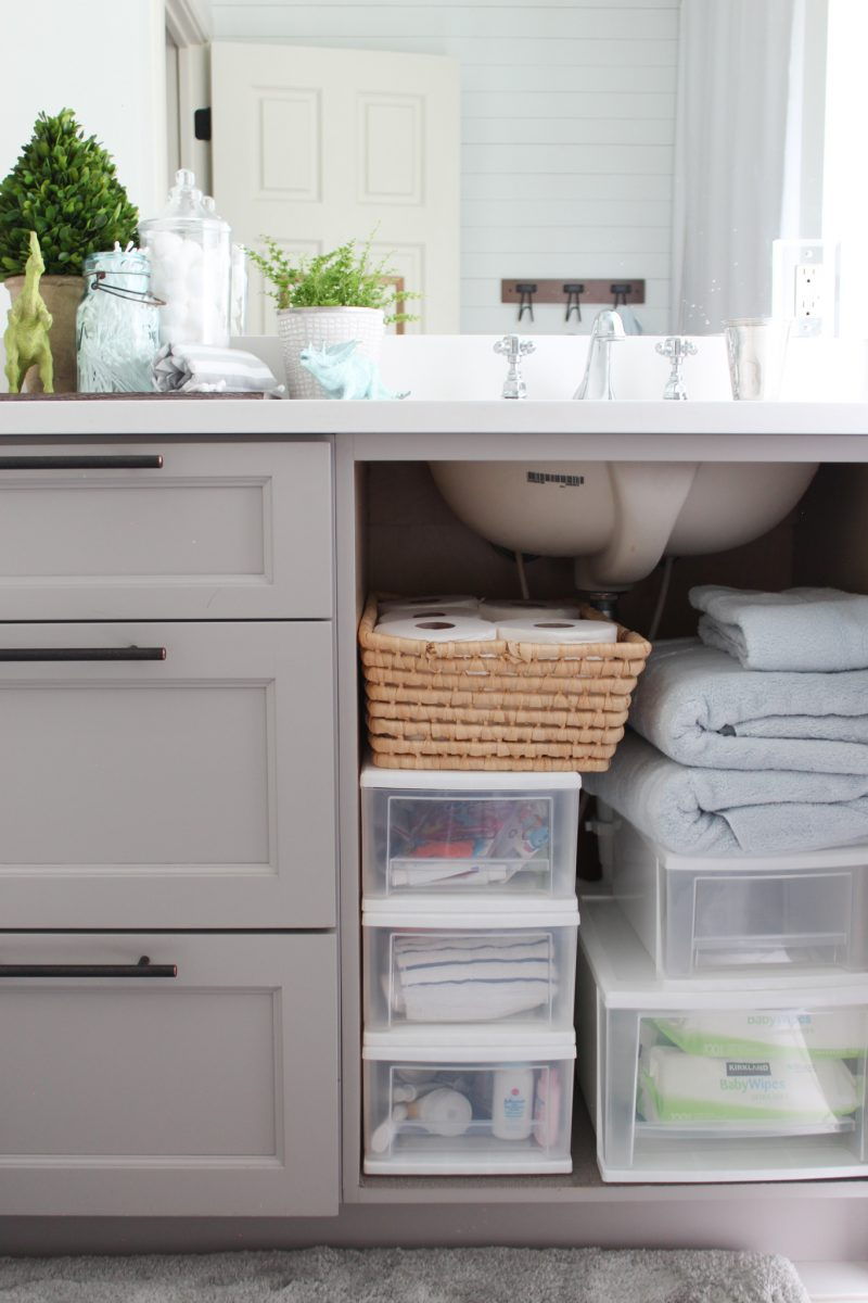 How To Organize Bathroom Cabinets 20 Minute Organizing Southern State Of Mind Blog By Heather