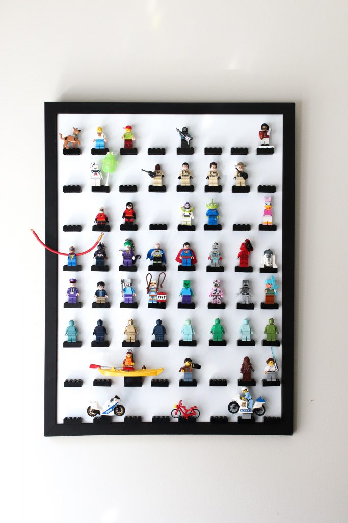 LEGO Minifigure Display Frame