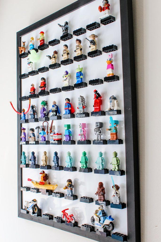 DIY LEGO Minifigure Display Frame