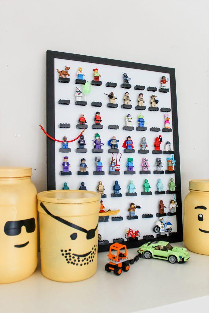 LEGO Minifigure Display Frame DIY