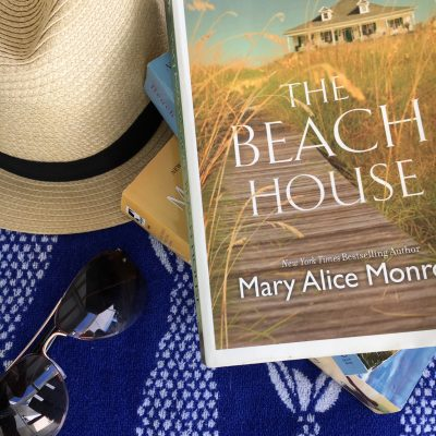 What I'm Reading || The Beach House Series